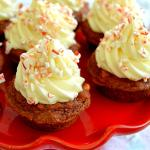 Peppermint Bark Cheesecake Cookie Cups