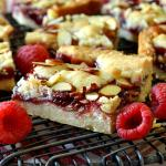 Raspberry Almond Linzer Shortbread Bars