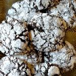 Perfect Chocolate Crinkle Cookies