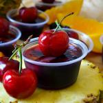 Super Easy Sangria Jello Shots (With Virgin Option, Too!)