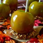 Perfect and Easy Homemade Caramel Apples