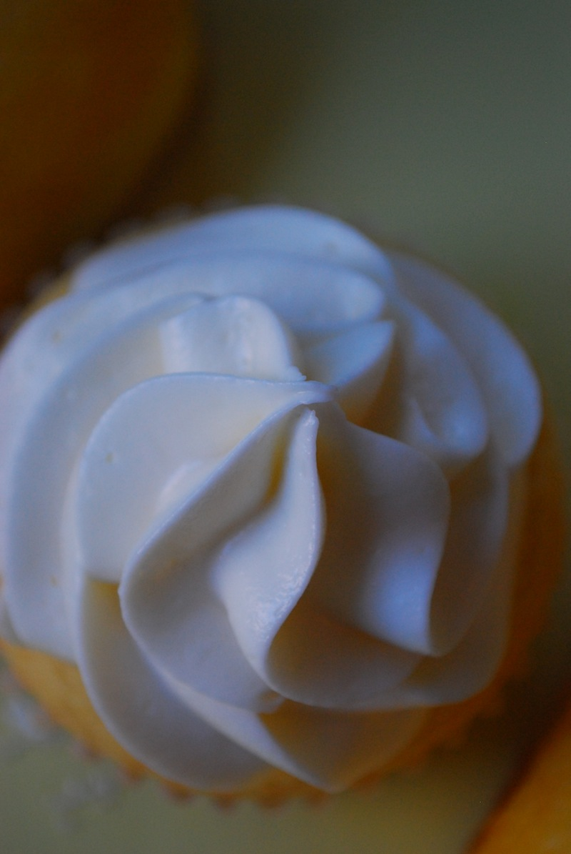 Close-up of the frosting on top of a Twinkie cupcake
