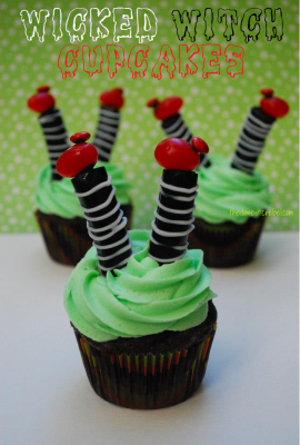 Wicked Witch Cupcakes– Halloween Week!