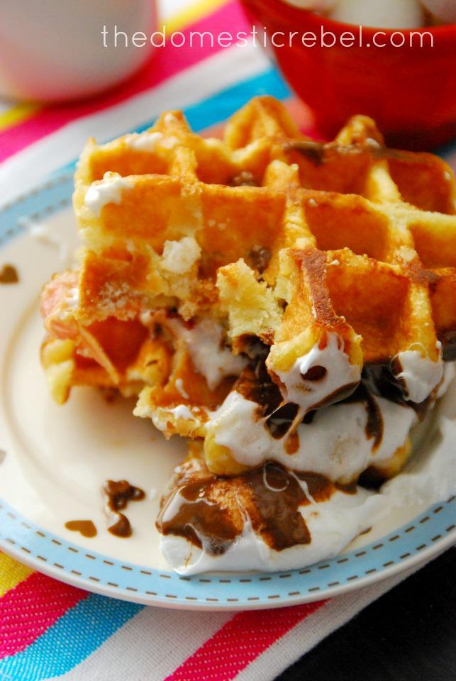 bacon s'mores waffle breakfast sandwich
