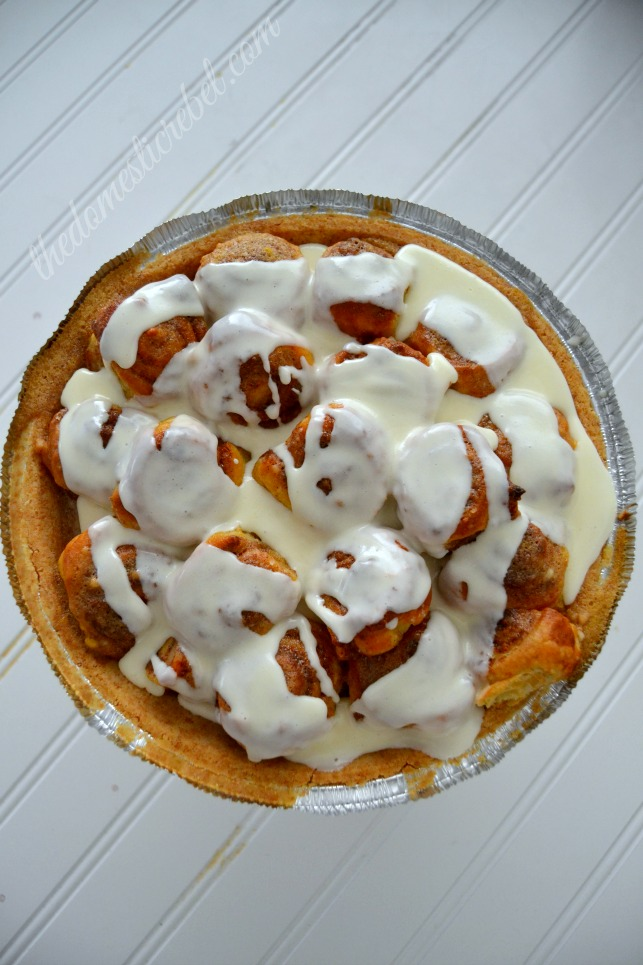 cinnabon cinnapopper pie as a whole on white background