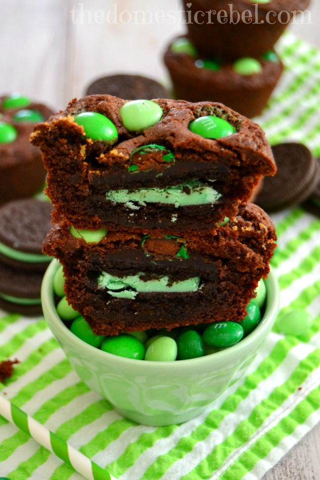 chocolate mint oreo cookie cups