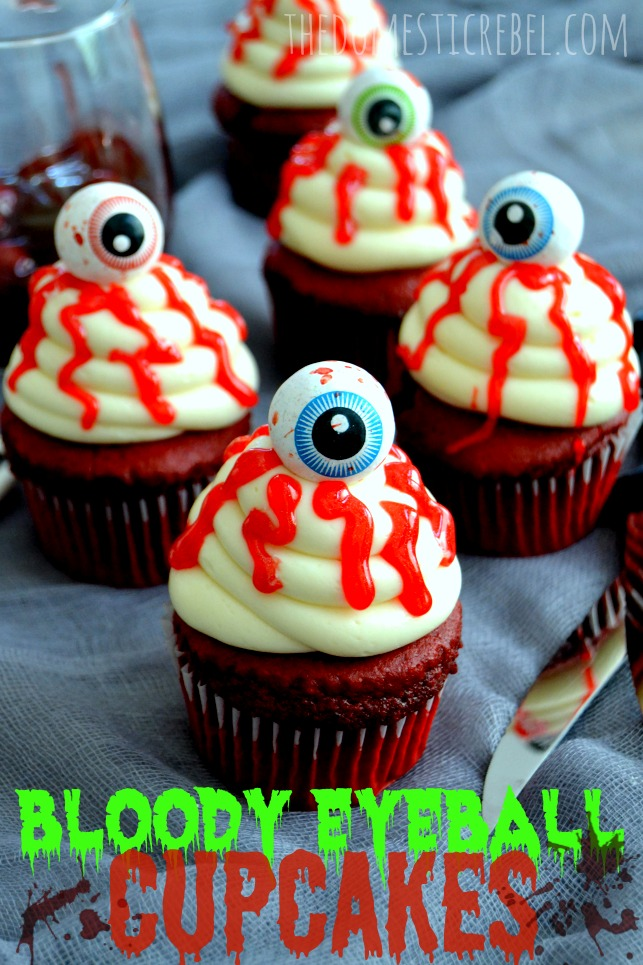 bloody eyeball halloween cupcakes