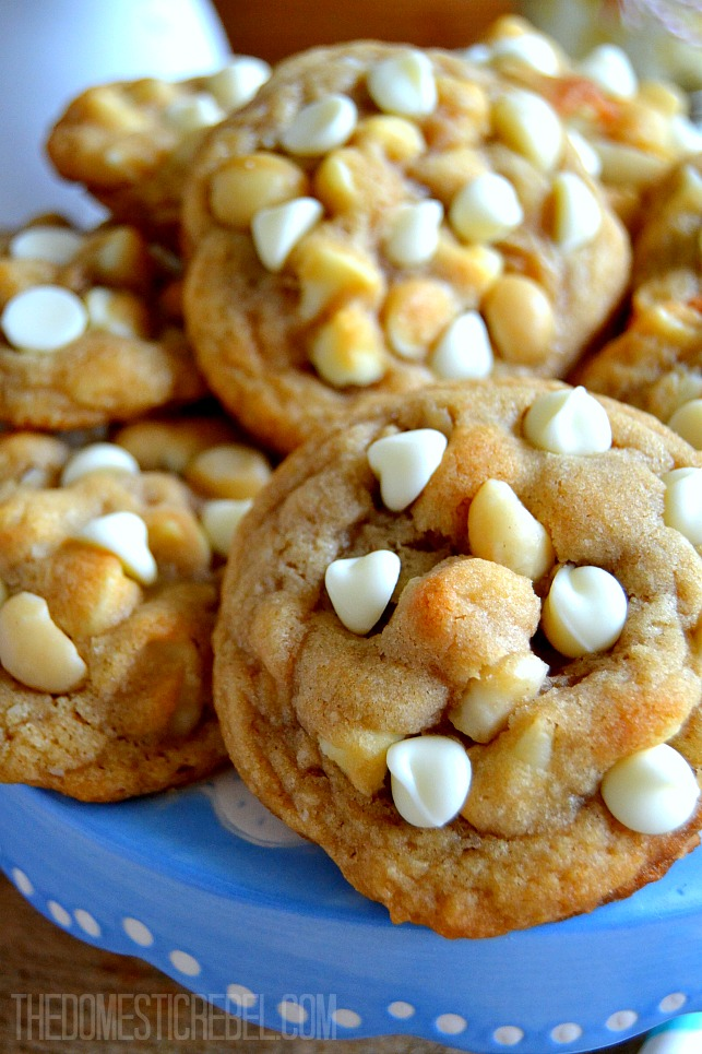 What is white chocolate macadamia nut cookies