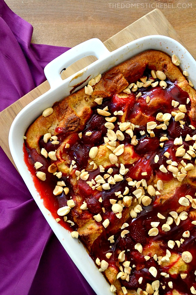 Peanut Butter & Jelly Bread Pudding: peanut butter-soaked gooey bread pudding swirled with strawberry jam and topped with crunchy peanuts. Sweet, salty, super easy, and divine!