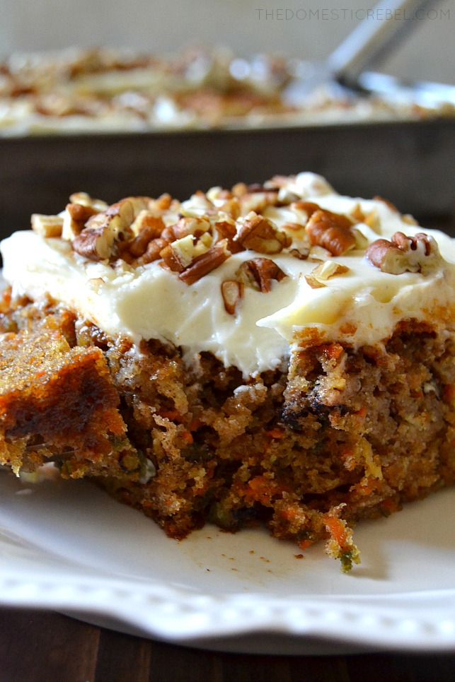 CLOSE UP PICTURE OF A SLICE OF CARROT CAKE