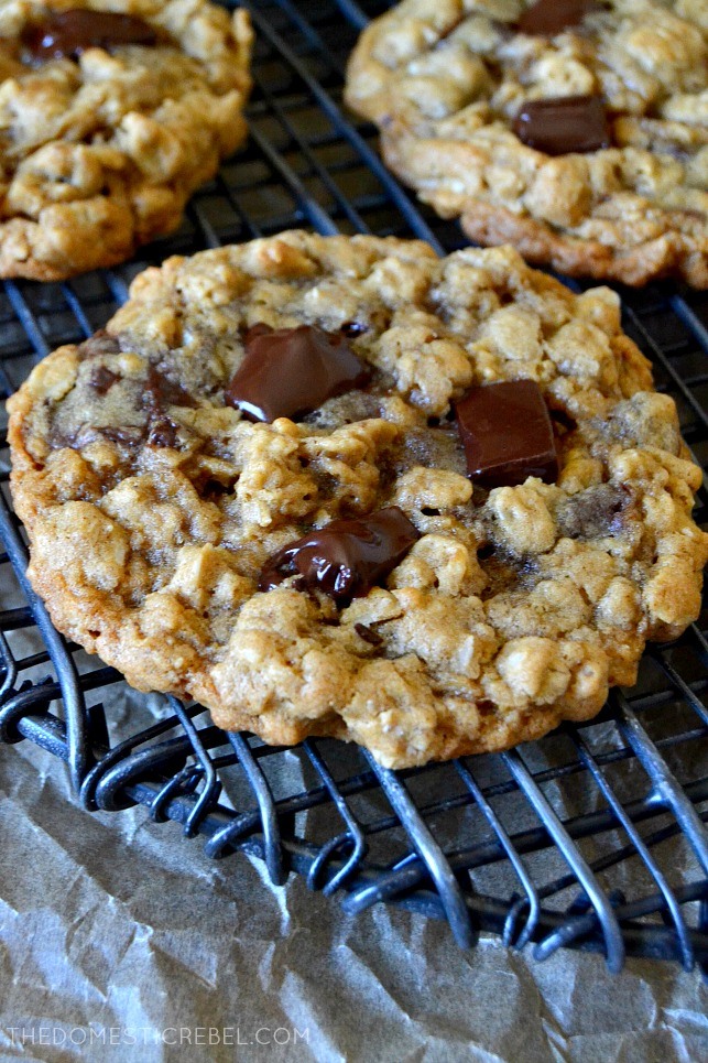 OATMEAL CHOCOLATE CHIP COOKIES ON A COOLING RACK