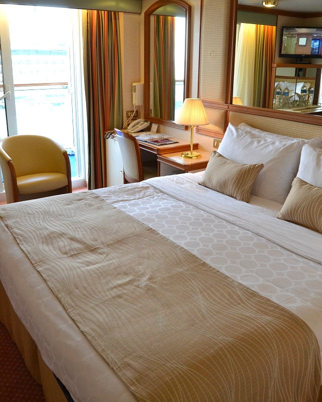Ruby Princess stateroom