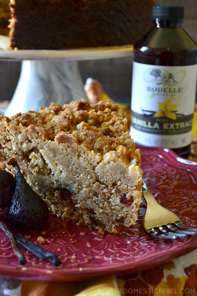 This Vanilla Bean & Fig Crumb Cake is dreamy! Moist, tender vanilla bean flecked fig cake with a mile-high brown sugar and pecan streusel. Phenomenal on its own or served with caramel sauce!