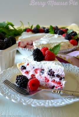 No-Bake Berry Mousse Pie