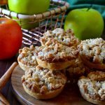 These Apple Crumb Pie Cookies are a delicious mashup between petite pies and cookies! Buttery, flaky pie crust, juicy, tender apples and a delectable crumb topping make these perfect little cookies super delicious!