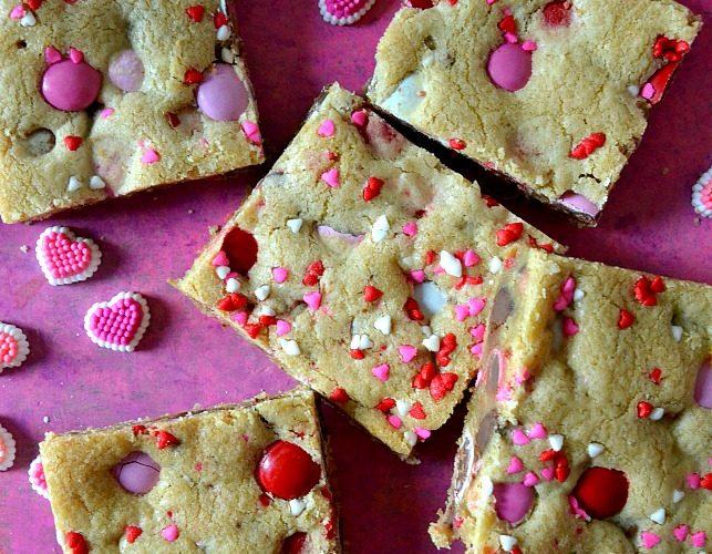 Valentine's M&M Cookie Bars