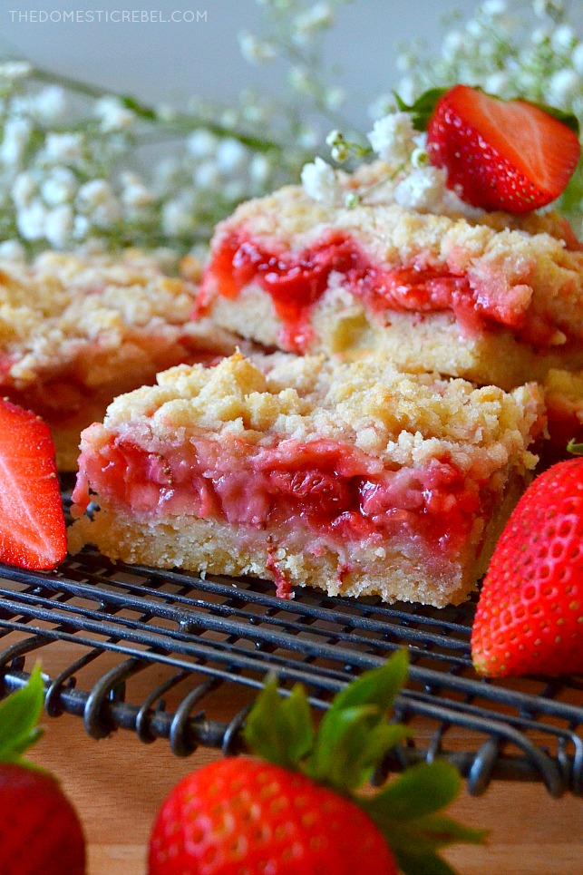 strawberry crumble bar on wire rack