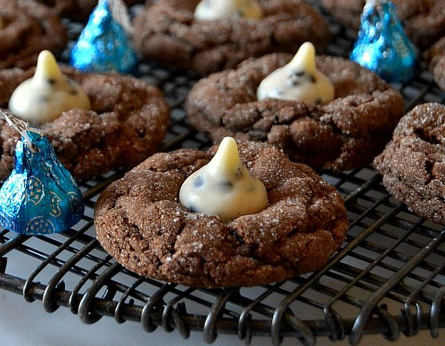 Chocolate Cookies & Cream Blossoms