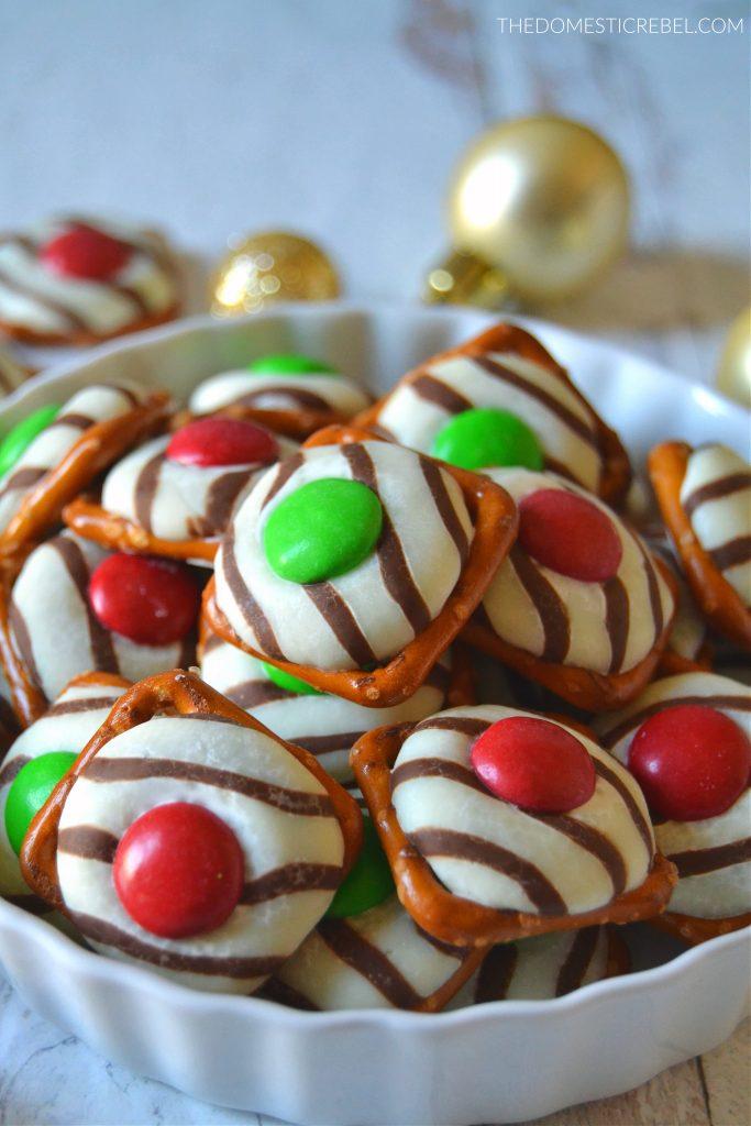 Christmas pretzel hugs in a white bowl